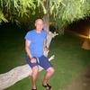 Oleg, 46, г.Melle