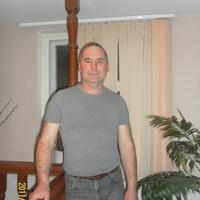 Виктор, 56 лет, Телец, Астрахань