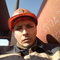 Илья, 32 года, Козерог, Енакиево