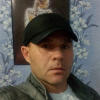 виктор, 44 года, Телец, Омск