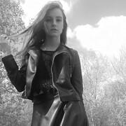 Ангеліна 22 года (Козерог) хочет познакомиться в Остроге