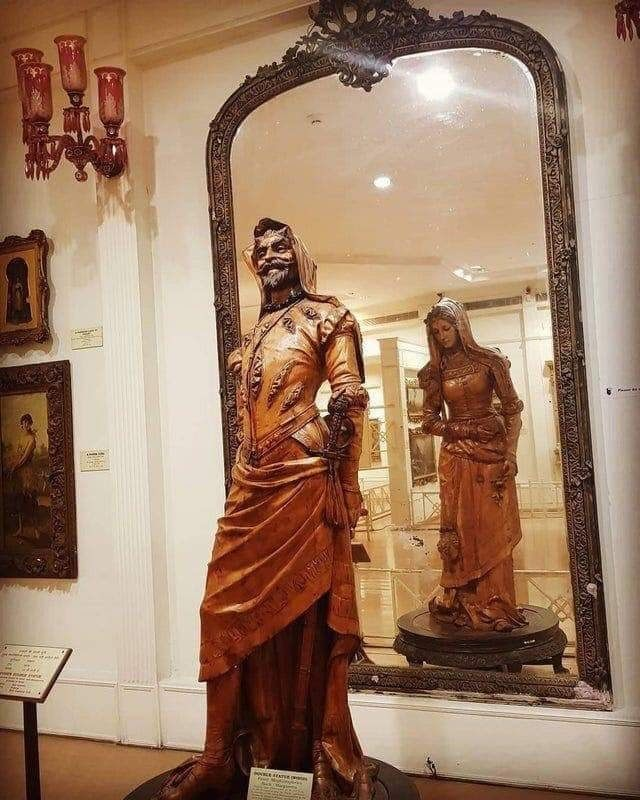 """Известна скульптура под названием """"Двойная статуя Мефистофеля и Маргариты"""""""