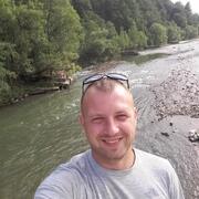 Начать знакомство с пользователем Михайло 32 года (Весы) в Калуше