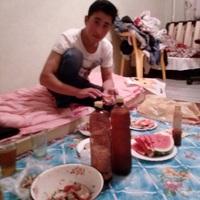 Ikrom, 21 год, Телец, Москва