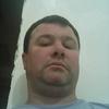 Олег, 42, г.Березань