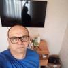 Александр, 42, г.Мукачево