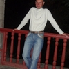 олег, 41, г.Таврийск