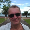 Alex, 56, г.Пномпень