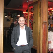Noah 51 год (Стрелец) хочет познакомиться в Страсбург