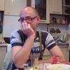 Олег, 46, г.Городок