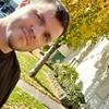 Denis, 40, Vancouver