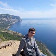 Максим 24 года (Лев) Севастополь