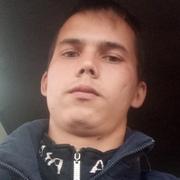 Александр, 21, г.Арсеньев