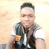 julio, 18, Kampala