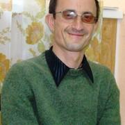 Анатолий, 47, г.Бельцы