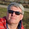 Александр, 57, г.Айхал
