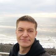 Илья, 35, г.Саки