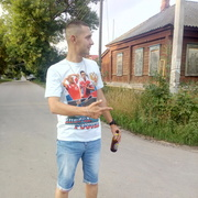 Денис, 30, г.Бобров