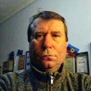 Игорь, 53, г.Алчевск
