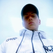 Кирилл 18 лет (Козерог) Новосибирск