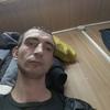 алексей, 33, г.Остров