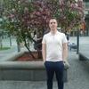 Олег, 24, Новомосковськ