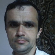 Михайло, 35