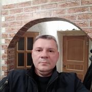 Олег, 48, г.Кириши
