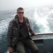 Юрий, 39, г.Углегорск