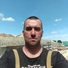 Евгений, 39, г.Зверево