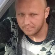 Андрей, 31, г.Людиново
