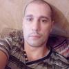 Юра, 33, Новомосковськ