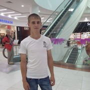 Степан, 27, г.Советский