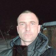 Николай, 32, г.Ильский