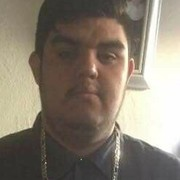 Efren Martinez, 23, г.Лос-Анджелес