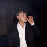 Денис, 30, г.Тихвин