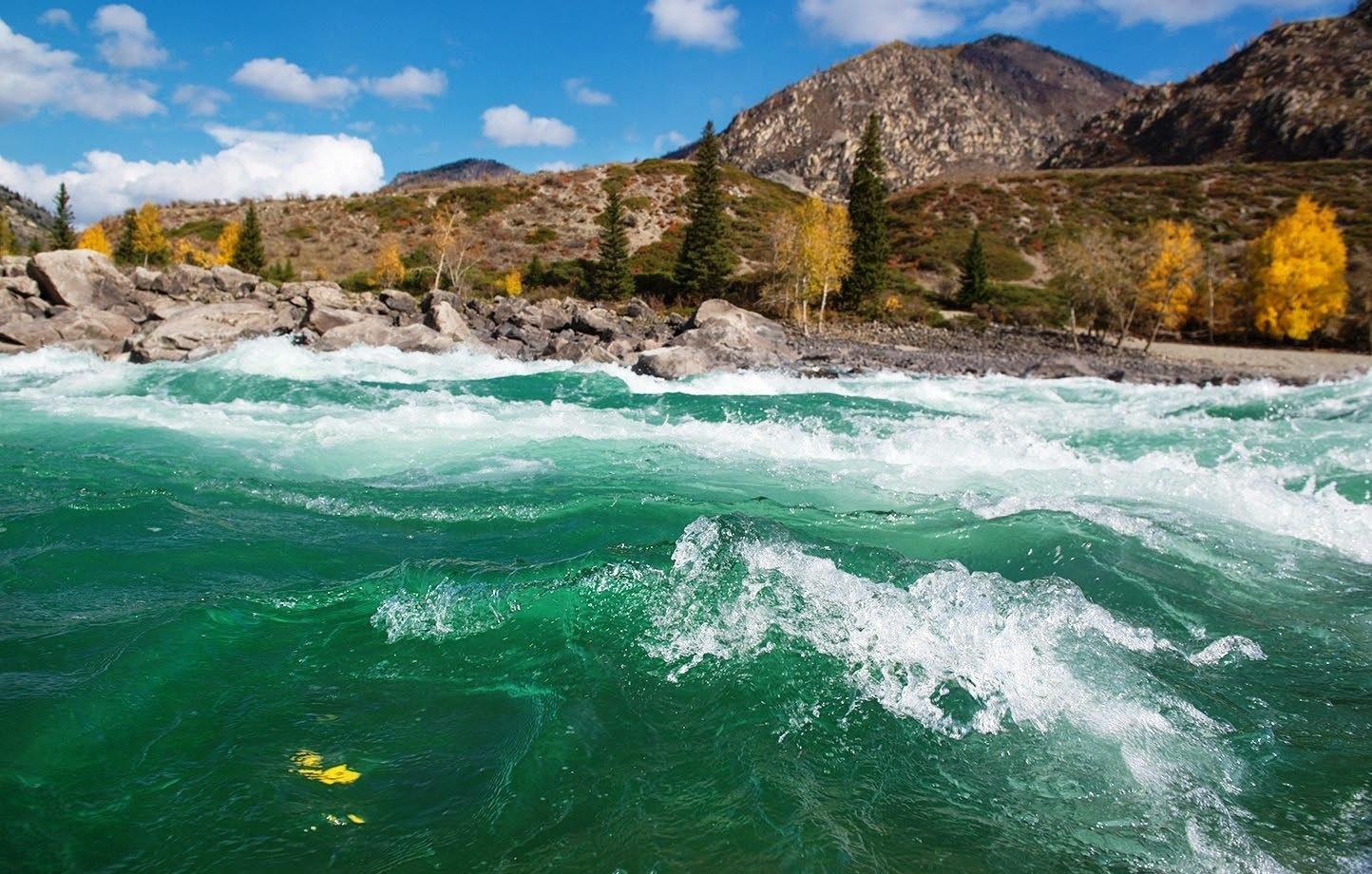 фото реки катунь в горном острове тасиро считается