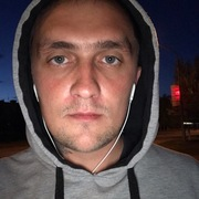 Иван, 28, г.Тихвин