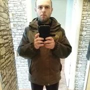 Роман, 26, г.Северск