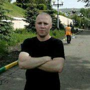 Юрий, 36, г.Вольск