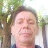 Олег, 51, г.Артем