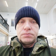 Анатолий, 47, г.Вуктыл