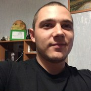 Роман, 29, г.Айхал