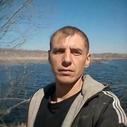 игорь, 40, г.Волчиха