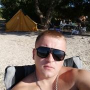 Максим, 28, г.Кривой Рог