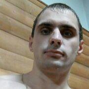 Артём, 32, г.Рошаль