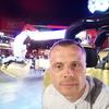Александр, 39, г.Саратов
