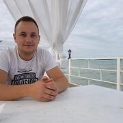 Антон 23 года (Козерог) Донецк