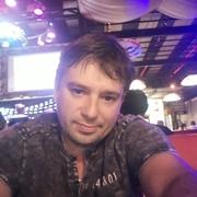 олег, 32, г.Киров