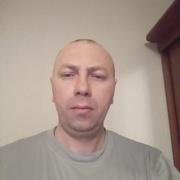 Денис, 37, г.Кировск